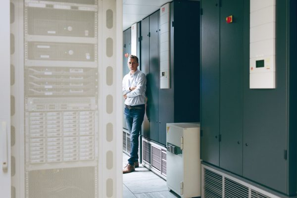 TAMAS //HUNGARIAN //PROJECT DIRECTOR  ATTHE CENTRE FORPARALLEL COMPUTING //LIVING IN THE UK SINCE 2001